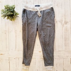 American Eagle Skinny Slouch Joggers Pants Grey